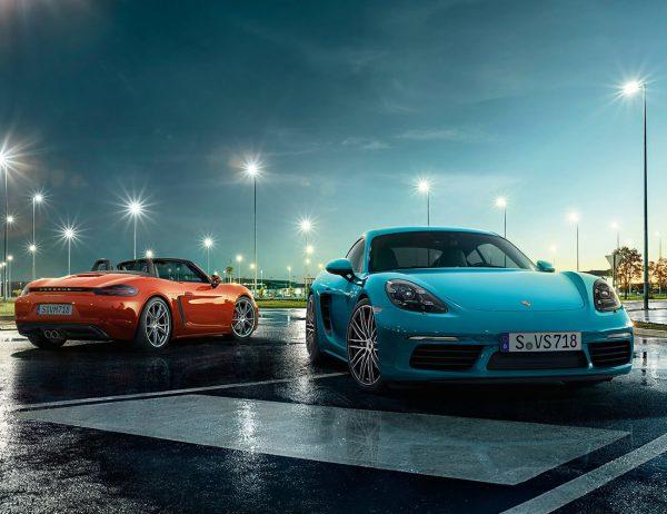Ferrari vs Lamborghini on Road Test